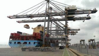 Maersk Lins being loaded at DP world, London Gateway | Stuart Bowditch