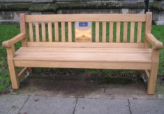 Epping listening bench