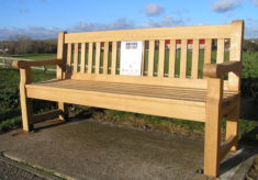 Burnham-on-Crouch listening bench
