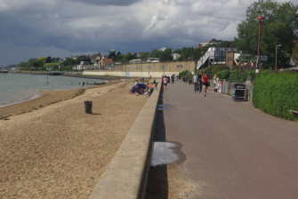 Daytime photo of Chalkwell Beach with station in the background | Stephen McKay