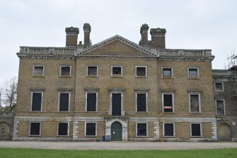 Picture of front of Copped Hall mansion | Andy Popperwell
