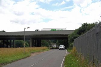 Picture of Crown Hill passing under M25, 2017 | Glyn Baker (CC-BY-SA)
